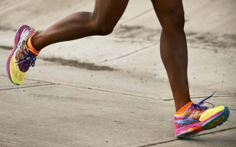 20d0cefab6c5a ASICS lleva desarrollando zapatillas durante más de 60 años. Su enfoque  científico ha permitido la creación de soluciones innovadoras que han  transformado ...