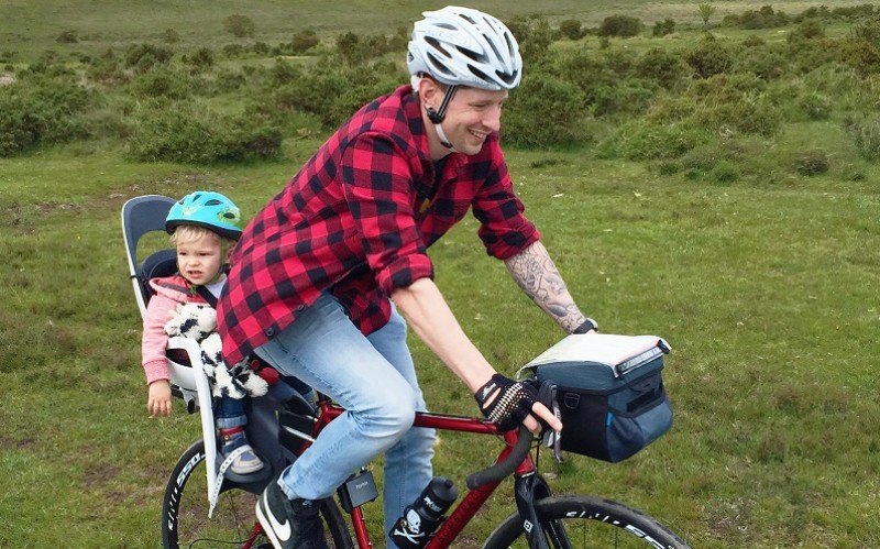 Rese a silla infantil hamax caress wiggle espa a - Sillas para bicicletas para ninos ...
