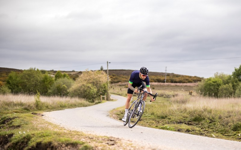 How to pick the best road bike for under £1,000 | Wiggle Guides