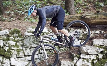 Wiggle staffer Ben Simmons riding his Charge mountain bike