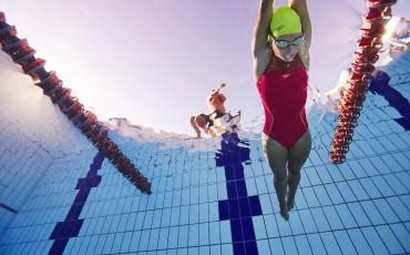 Técnica de triatlón: 7 consejos prácticos para mejorar la brazada